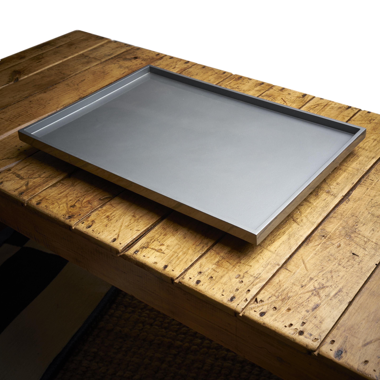 Bandeja laca gris metálico 35 x 50cm