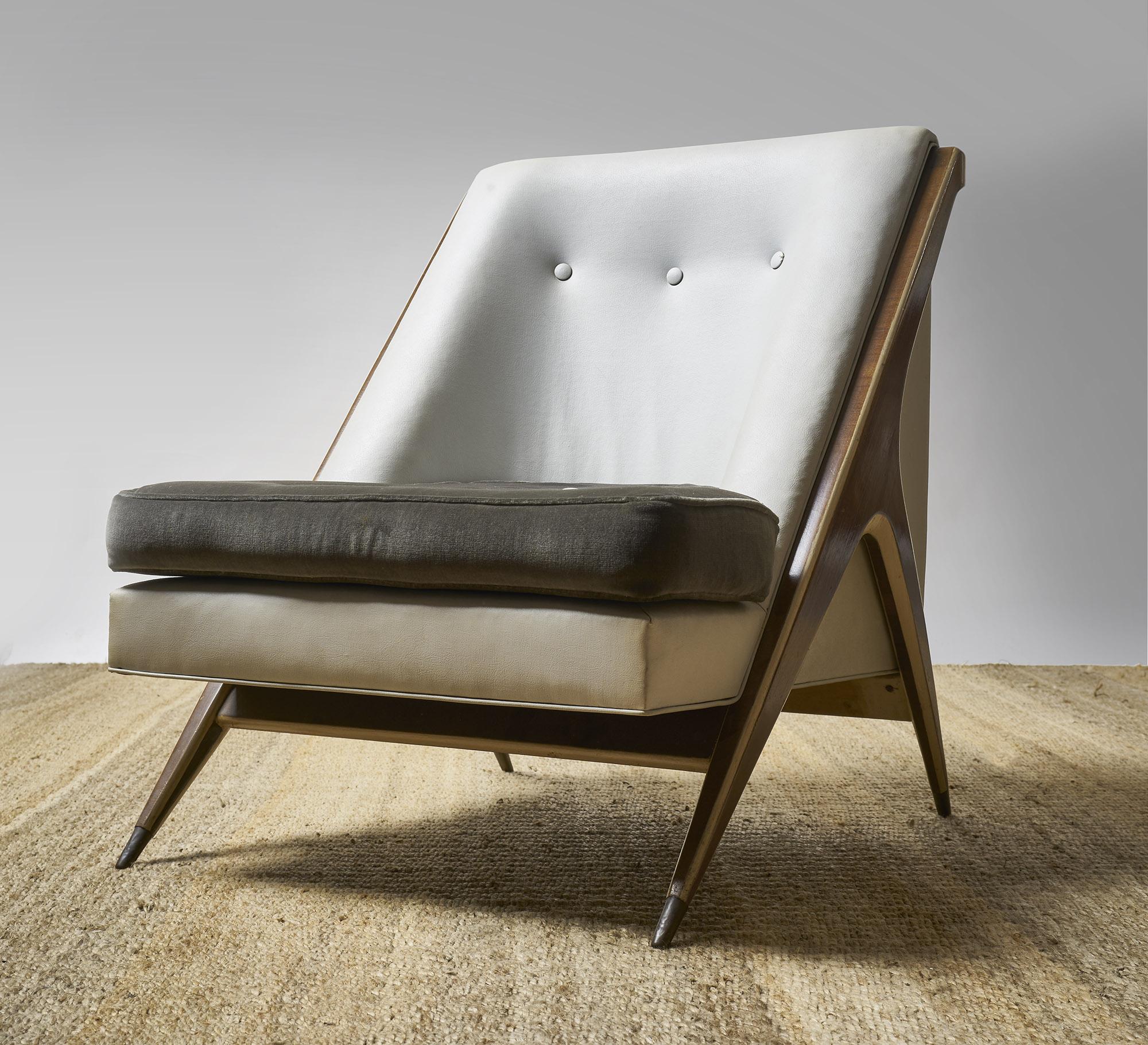 Par de sillones principios de siglo XX